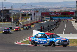 Ashley Jarvis, Dion Jarvis, Brody Jarvis, Ford Falcon AU under yellow flag