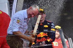 Max Verstappen, Red Bull Racing and Jonathan Wheatley, Red Bull Racing Team Manager celebrates with the champagne on the podium