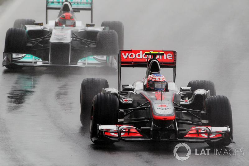 2011: Дженсон Баттон, McLaren MP4-26 Mercedes
