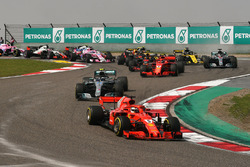 Sebastian Vettel, Ferrari SF71H startta lider