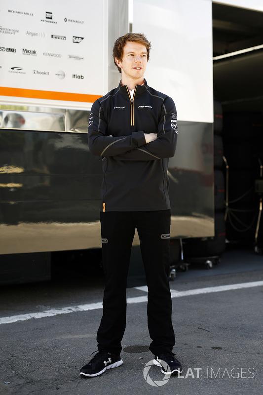 Тест-пилот McLaren Оливер Тёрви