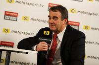 Nigel Mansell parle à Peter Windsor pour Motorsport TV