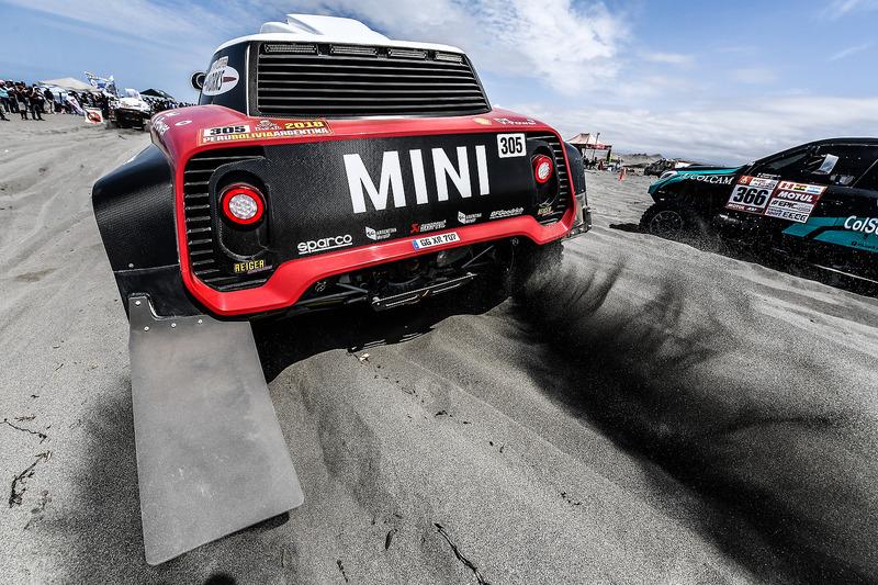 #305 X-Raid Team Mini: Мікко Хівронен, Андреас Шульц