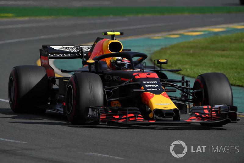 Ricciardo berjuang untuk merebut podium di balapan kandang