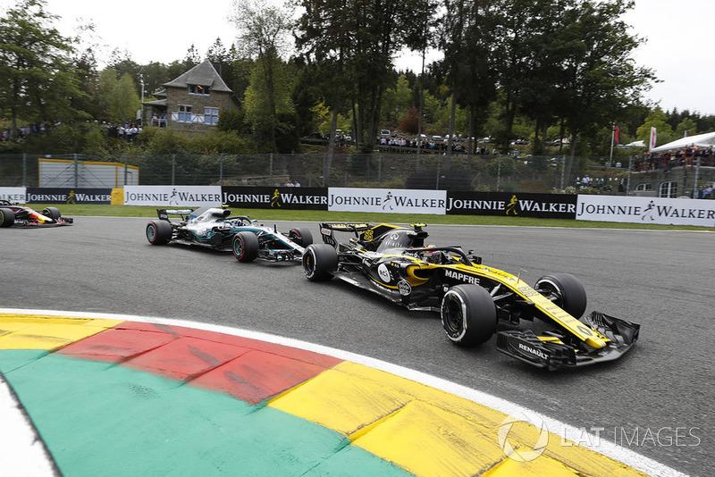 Carlos Sainz Jr. - Renault Sport F1 - 6