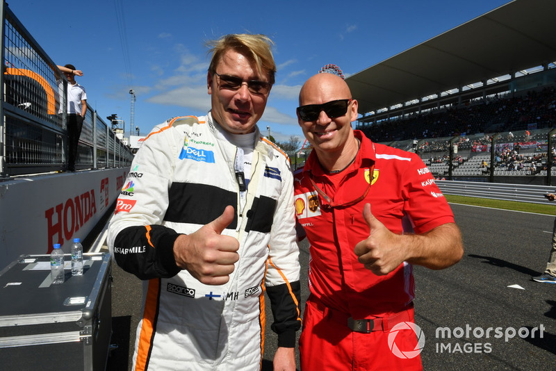 MIka Hakkinen and Mark Arnall at Legends F1 30th Anniversary Lap Demonstration