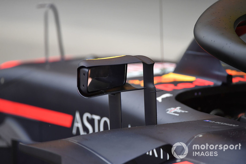 Visszapillantó a Red Bull Racing RB14-en