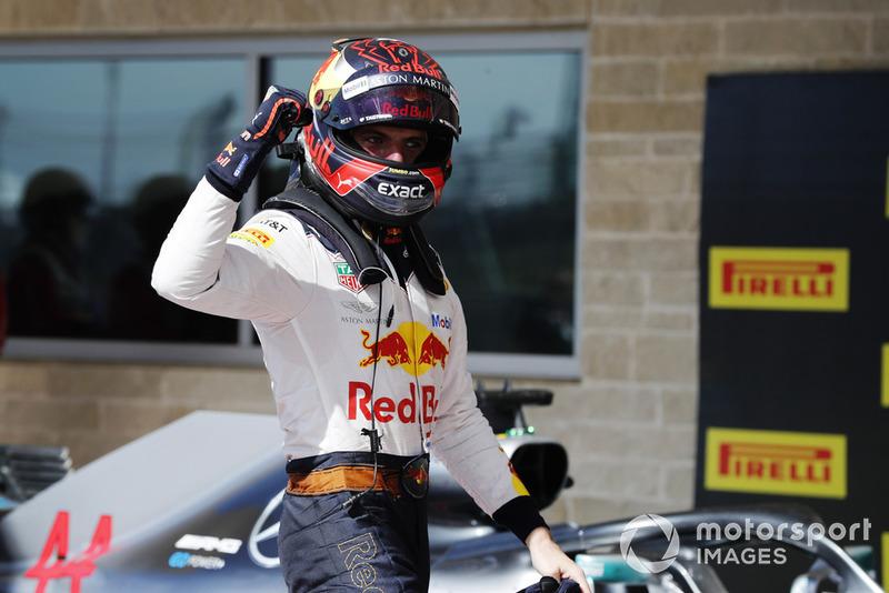 Max Verstappen, Red Bull Racing, celebra después de tomar la segunda posición