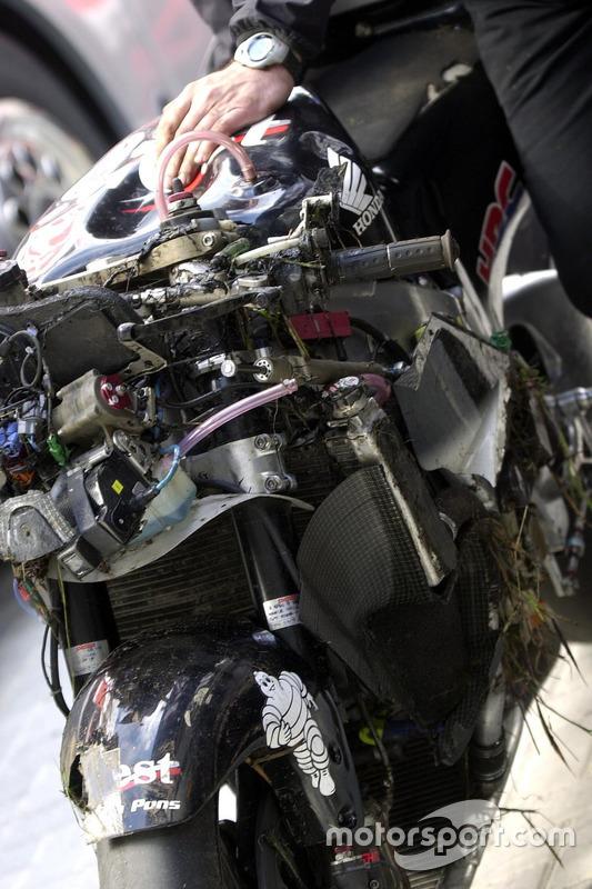 Loris Capirossi, Honda Pons bike after his crash