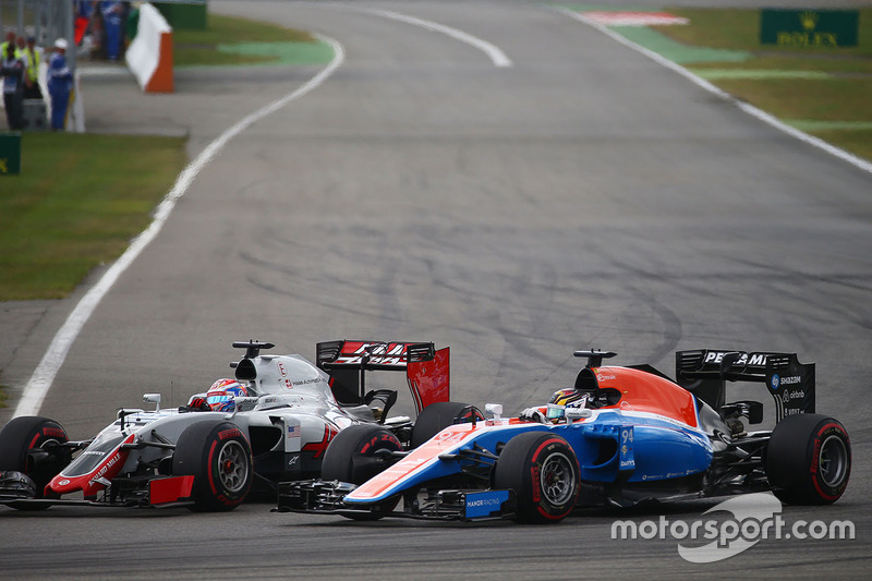 Romain Grosjean, Haas F1 Team VF-16 y Pascal Wehrlein, Manor Racing MRT05