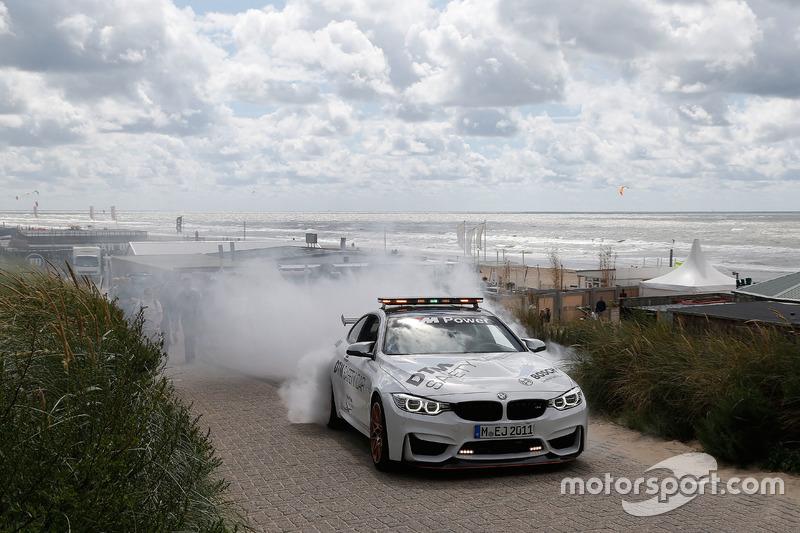 Marco Wittmann, BMW Team RMG, BMW M4 DTM with the BMW M4 GTS DTM Safety Car.