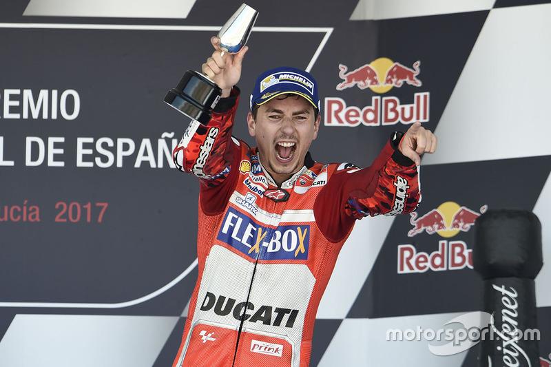 Перший подіум для Лоренсо з Ducati у Хересі