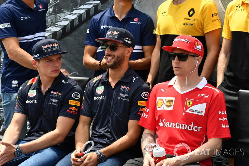Макс Ферстаппен и Даниэль Риккардо, Red Bull Racing, Кими Райкконен, Ferrari