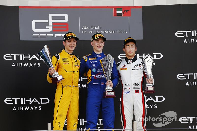 Podio: ganadoer de la carrera Jake Hughes, DAMS segundo lugar Jack Aitken, Arden International y el tercer lugar Nirei Fukuzumi, ART Grand Prix