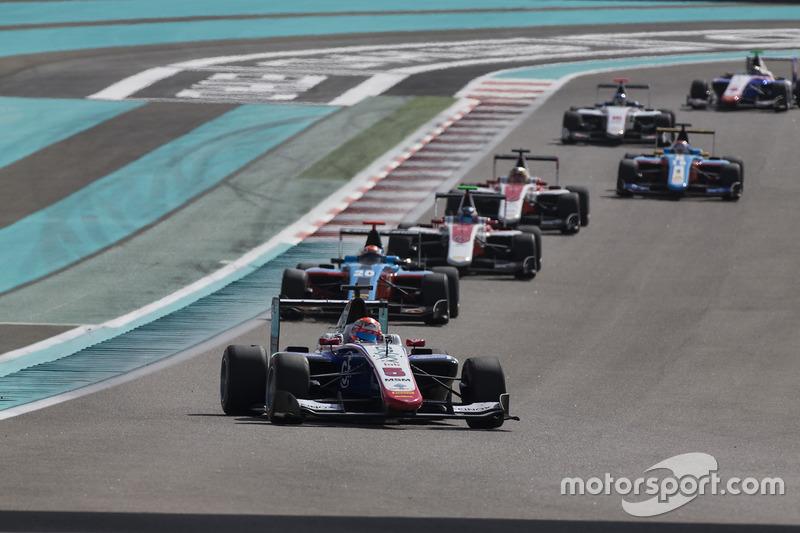 Antonio Fuoco, Trident vor Arjun Maini, Jenzer Motorsport