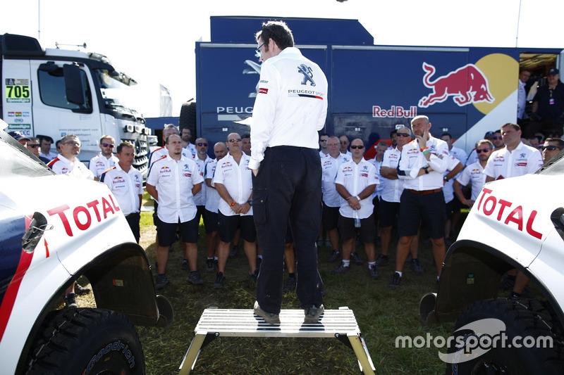 Бруно Фамен и команда Peugeot Sport