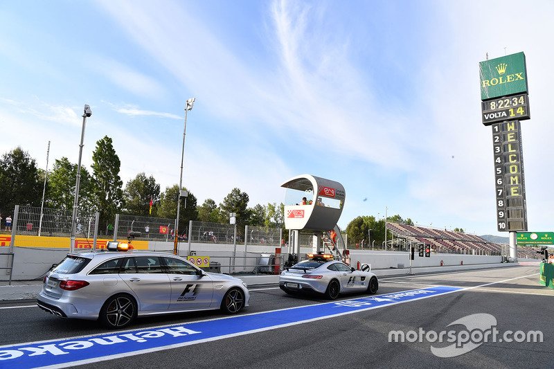 Safety car and Medical