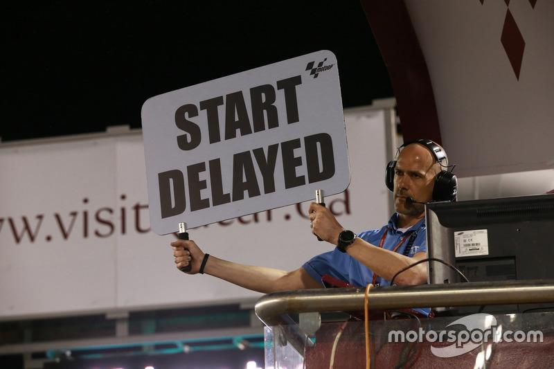 Schild, Start delayed