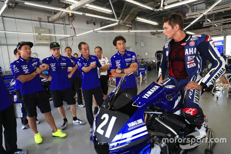 #21 Yamaha Factory Racing Team: Michael van der Mark