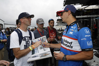 Graham Rahal, Rahal Letterman Lanigan Racing Honda, com dei tifosi