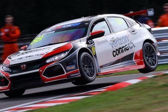 Ashley Sutton, Pyro Motorsport, Honda Civic TCR