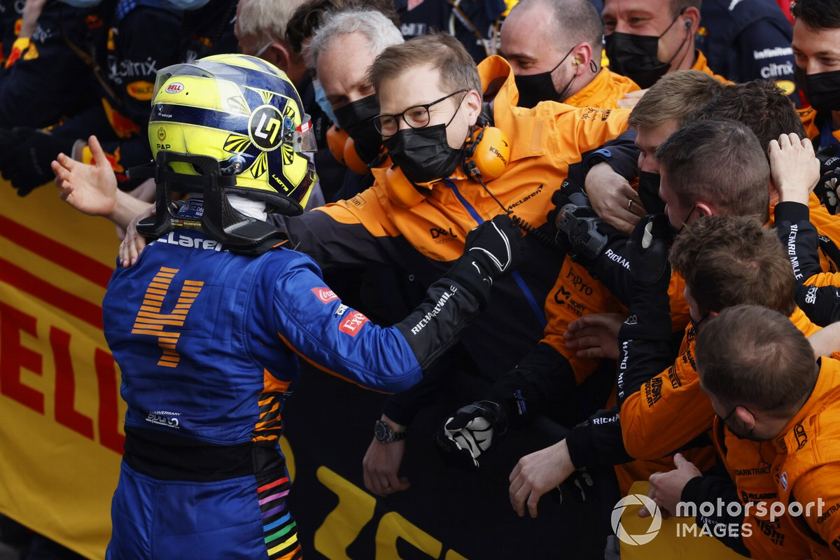 Lando Norris, McLaren, 2nd position, celebrates with Andreas Seidl, Team Principal, McLaren, and his team in Parc Ferme