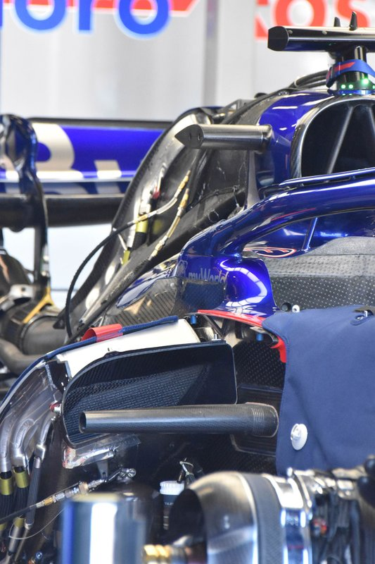 Scuderia Toro Rosso STR14 karoser detay