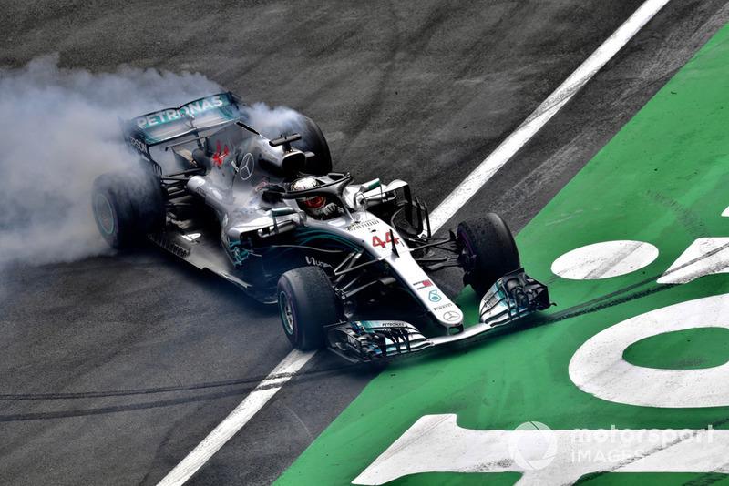Lewis Hamilton, Mercedes AMG F1, merayakan gelar kelima
