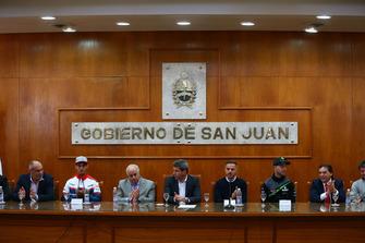 Dr Marcelo Jorge Lima, Leandro Mercado, Orelac Racing Team, Jorge Chica Sporting Govenor of San Juan, Dr Sergio Unac Governor of San Juan, Carrera, Jonathan Rea, Kawasaki Racing