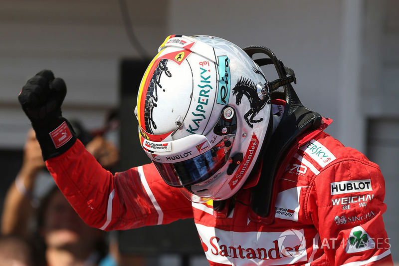 Переможець гонки Себастьян Феттель, Ferrari