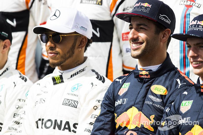 Lewis Hamilton, Mercedes AMG F1; Daniel Ricciardo, Red Bull Racing; Max Verstappen, Red Bull