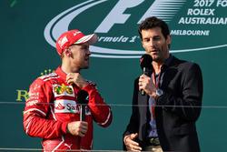 Podium : le vainqueur Sebastian Vettel, Ferrari, Mark Webber