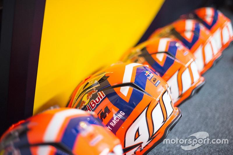 Mechanikerhelme: Red Bull KTM Factory Racing