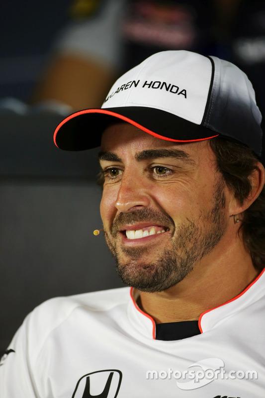 Фернандо Алонсо, McLaren під час прес-конференції FIA