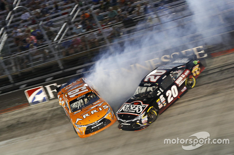 Incidente per Daniel Suarez, Joe Gibbs Racing Toyota, Erik Jones, Joe Gibbs Racing Toyota