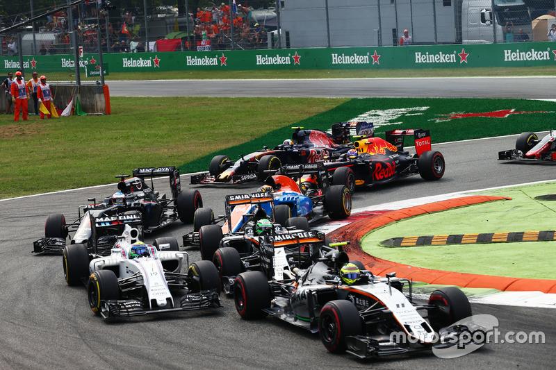 Sergio Perez, Sahara Force India F1 VJM09, Felipe Massa, Williams FW38, and Nico Hulkenberg, Sahara