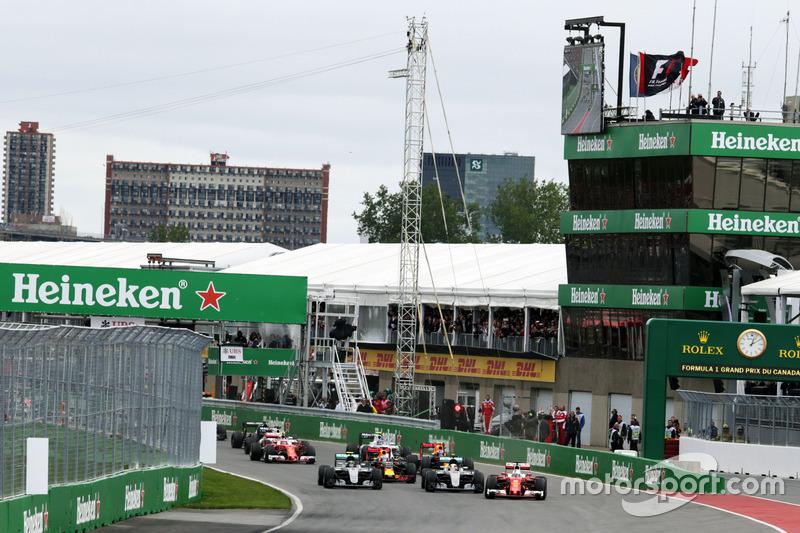 Себастьян Феттель, Ferrari SF16-H лідирує на старті гонки