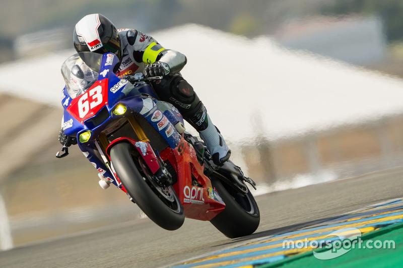 #63 Yamaha Luca Marconi, Jaroslav Cerny, Erwan Quellet