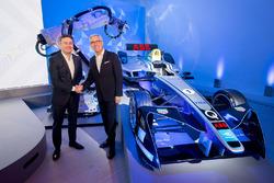 Alejandro Agag, Gründer CEO der Formel E, und Ulrich Spiesshofer, CEO von ABB