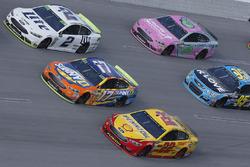 Brad Keselowski, Team Penske Ford, Joey Logano, Team Penske Ford, Ricky Stenhouse Jr., Roush Fenway