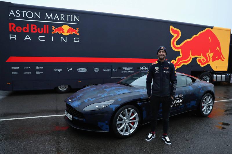 Daniel Ricciardo, Red Bull Racing  with a Aston Martin DB11