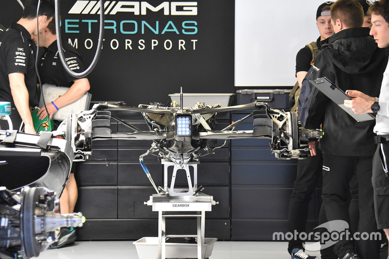 Коробка перемикання швидкостей Mercedes AMG F1 W08