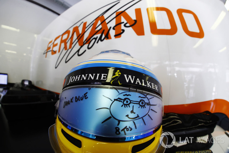 El casco de Fernando Alonso McLaren, visera de sol