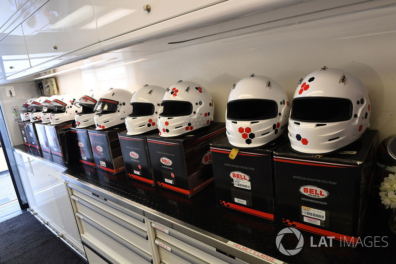 Helmets in the F1 Experiences garaje