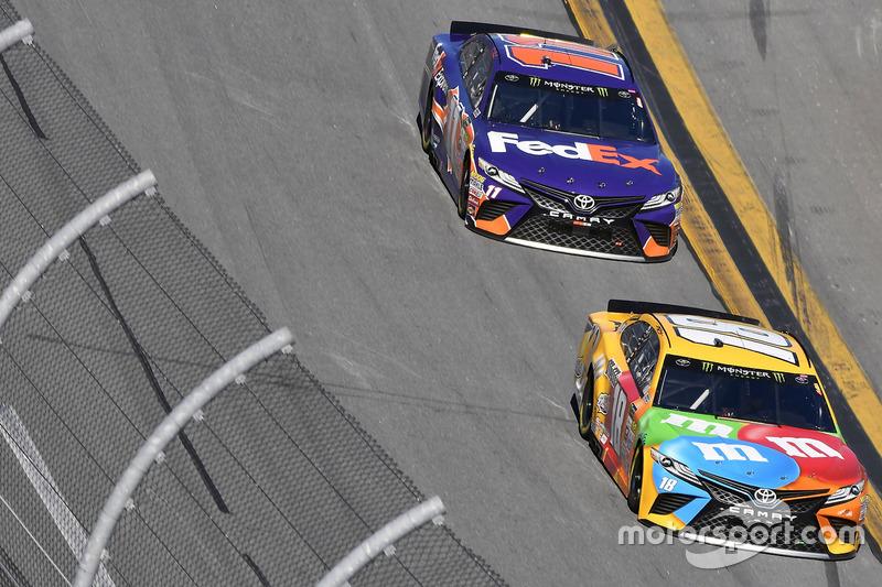 Kyle Busch, Joe Gibbs Racing, Toyota; Denny Hamlin, Joe Gibbs Racing, Toyota