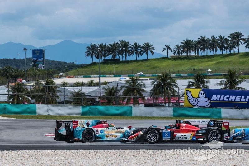 #35Jackie Chan DC Racing, Oreca Nissan 03R,Ho Pin Tung, Gustavo Menezes spin