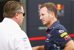 Zak Brown, Direktör, McLaren Technology Group, Christian Horner, Takım Patronu, Red Bull Racing