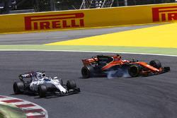 Felipe Massa, Williams FW40, collides, Stoffel Vandoorne, McLaren MCL32, leading to the latter drivers retirement