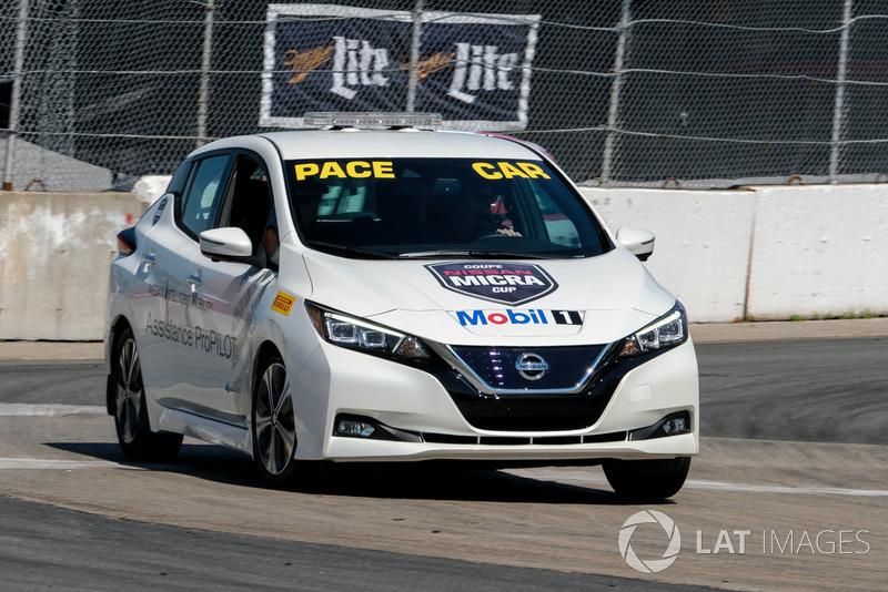 Nissan LEAF Pace Car