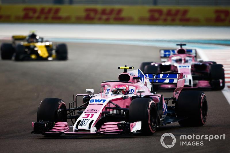 Esteban Ocon, Racing Point Force India VJM11, Sergio Perez, Racing Point Force India VJM11